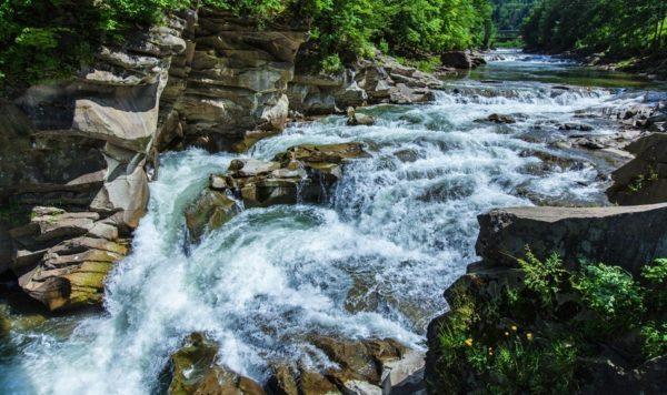 куда поехать на выходные, отдых в яремче, водопад пробий