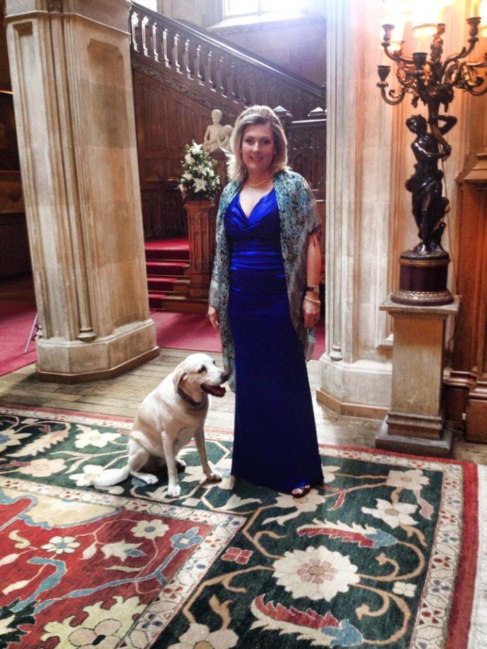 Lady Carnarvon ,Замок Хайклер Англия ,хайклер замок аббатство даунтон,замок из аббатства даунтон,Замок Хайклер Англия фото