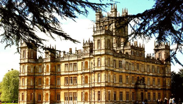 Замок Хайклер Англия,куда поехать на выходные в Европу, куда поехать на выходные в Англии,хайклер замок аббатство даунтон,замок из аббатства даунтон,Замок Хайклер Англия фото
