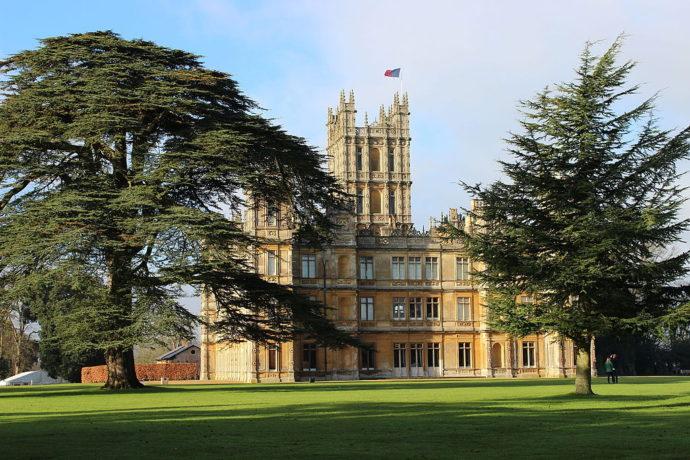 Замок Хайклер Англия, ,хайклер замок аббатство даунтон,замок из аббатства даунтон,Замок Хайклер Англия фото