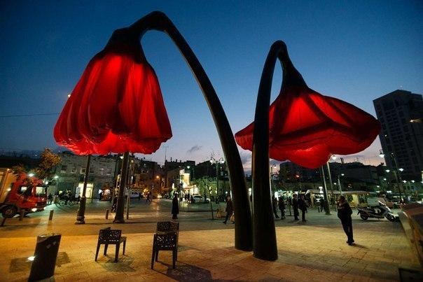 расцветающие фонари в Иерусалиме, достопримечательности Иерусалима, куда поехать на выходные в Израиле