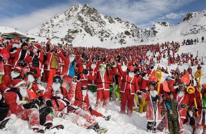 Вербье в швейцарских Альпах,Вербье, Альпы, массовый спуск санта клаусов и святых николаев,Куда поехать на выходные