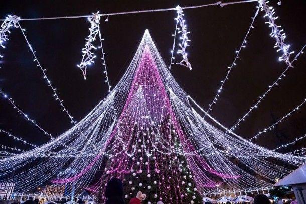 самая красивая елка, самая красивая елка в Европе, куда поехать на выходные, елка в Вильнюсе, достопримечательности Вильнюса
