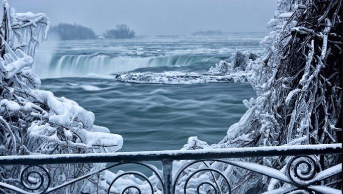 Ниагарский водопад зимой, куда поехать на выходные, ниагарский водопад фото