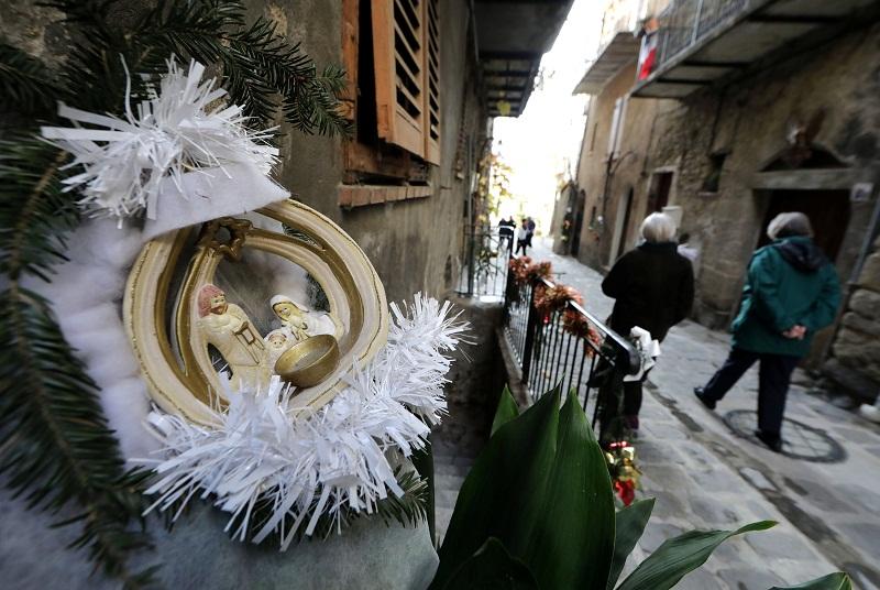 куда поехать на выходные, Люсерам Франция, рождественский Люсерам, выставка рождественских вертепов
