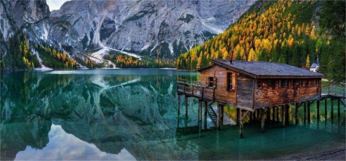 Куда поехать на выходные в Италии, куда поехать на выходные в Европе, куда слетать на майские выходные в Европу, куда слетать на выходные в Европу, самое красивое озеро в Европе, озеро Брайес как добраться, куда поехать на выходные в Италии