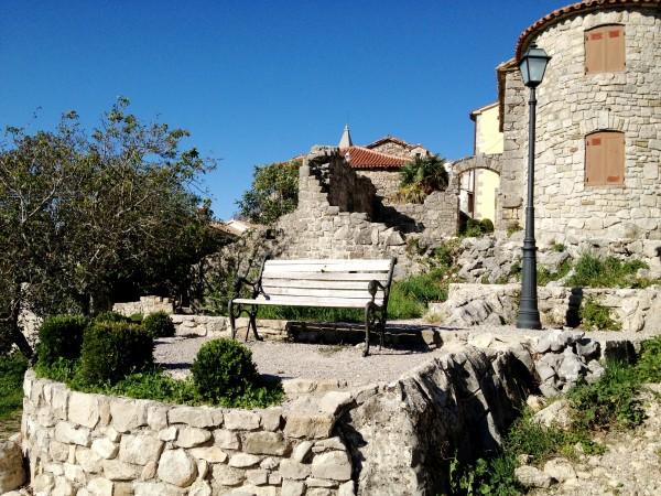 самый маленький город в мире, куда поехать в Хорватии, что посмотреть в Хорватии, Хорватия Хум, куда поехать на выходные, интересные места в Европе, интересные места в Хорватии, куда слетать на выходные в Европу