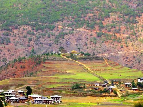 куда поехать на выходные, королевство Бутан, королевство фаллосов Бутан, интересные места, куда поехать на выходные интересные места