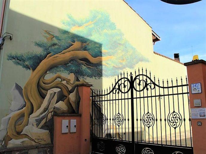Сад поющих камней Сардинии,Сан Сперате муралес, настенная живопись Сан Сперате, Сан Сперате Сардиния, что посмотреть в Сан Сперате, что посмотреть в Сардинии, куда поехать на выходные в Италии