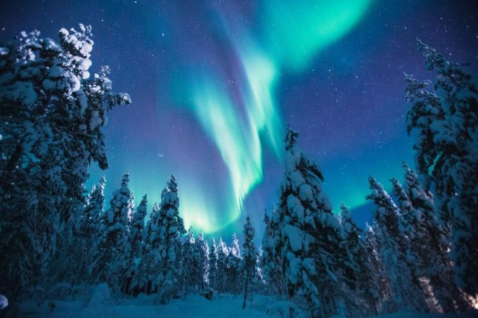 где посмотреть северное сияние, где посмотреть северное сияние в финляндии,где посмотреть северное сияние в лапландии, отель где посмотреть северное сияние, отель со стеклянными иглу, отель со стеклянными домиками