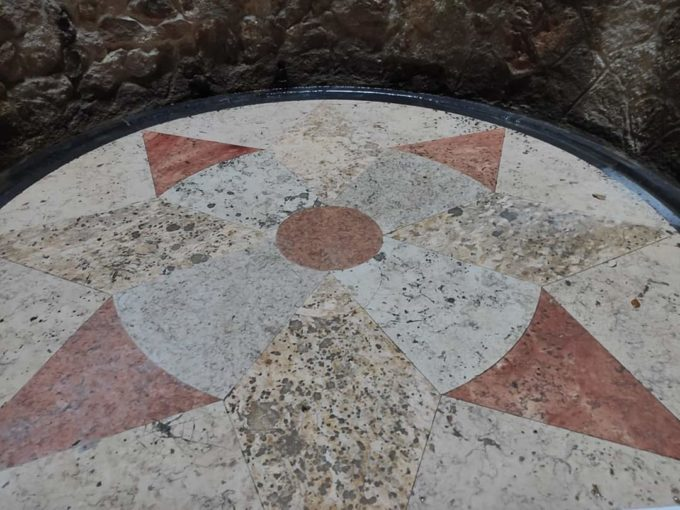 колодец масонов в португалии, перевернутая башня масонов колодец в синтре, колодец посвящения масонов в португалии,колодец масонов